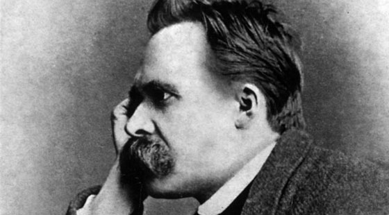Friedrich-Nietzsche-01