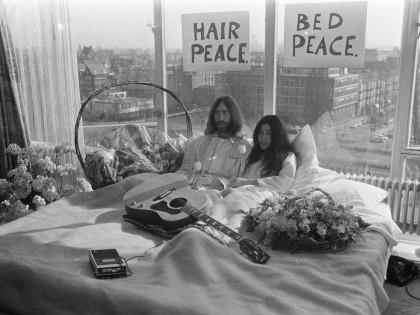 Yoko ono cienasta