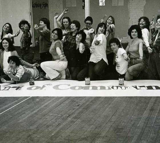 Exposición de fin de curso del programa Feminist Studio Workshop en el Womans Building, Los Angeles, 1979.