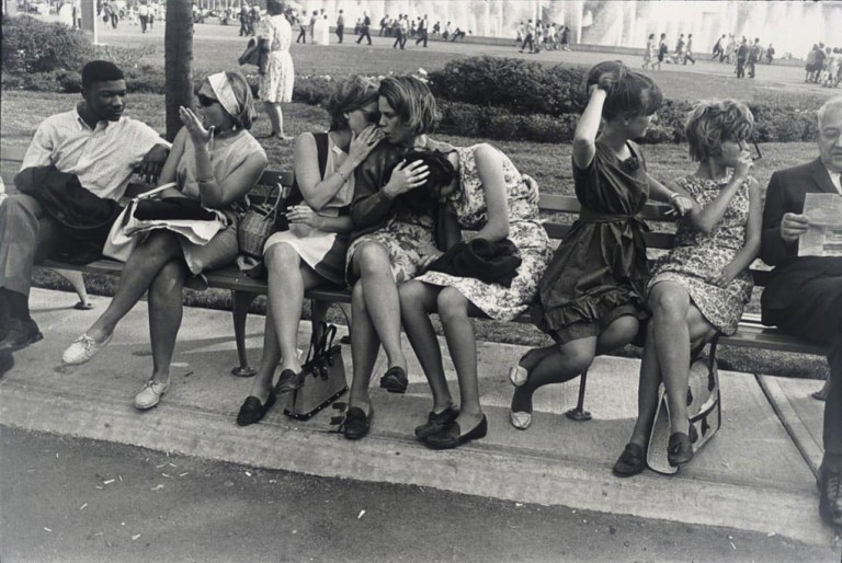 Garry Winogrand. New York World's Fair, 1964.